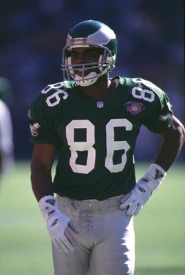 30 Oct 1994:  Fred Barnett #86 of the Philadelphia Eagles walks across the field during the Eagles 31-29 victory over the Washington Redskins at RFK stadium in Washington, D.C. Mandatory Credit: Doug Pensinger/Allsport
