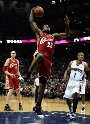 ATLANTA - MAY 09:  LeBron James #23 of the Cleveland Cavaliers leaps for a dunk against the Atlanta Hawks in Game Three of the Eastern Conference Semifinals during the 2009 NBA Playoffs at Philips Arena on May 9, 2009 in Atlanta, Georgia.  NOTE TO USER: U