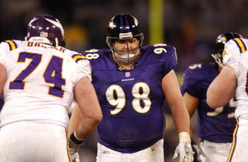 07 Jan 2002 : Tony Siragusa #89 of the Baltimore Ravens during the game against the Minnesota Vikings at PSINet Stadium in Baltimore, Maryland. The Ravens won 19-3. DIGITAL IMAGE. Mandatory Credit: Doug Pensinger/Getty Images