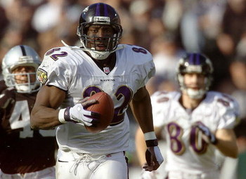 14 Jan 2001:  Shannon Sharpe #82 of the Baltimore Ravens leaves the defense behind as he runs for a touchdown against the Oakland Raiders during the AFC Championship game at Network Associates Coliseum in Oakland, California.  DIGITAL IMAGE Mandatory Cred