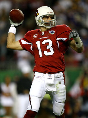 TAMPA, FL - FEBRUARY 01:  Quarterback Kurt Warner #13 of the Arizona Cardinals throws a pass against the Pittsburgh Steelers during Super Bowl XLIII on February 1, 2009 at Raymond James Stadium in Tampa, Florida.  (Photo by Jamie Squire/Getty Images)