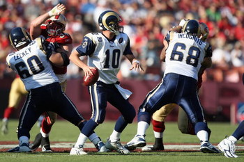 SAN FRANCISCO - NOVEMBER 16:  Marc Bulger #10 of the St. Louis Rams looks to pass during the game against the San Francisco 49ers on November 16, 2008 at Candlestick Park in San Francisco, California. (Photo by Jed Jacobsohn/Getty Images)