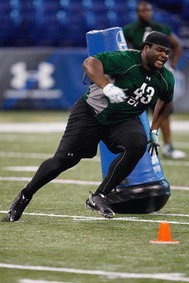 INDIANAPOLIS, IN - FEBRUARY 23:  Defensive lineman BJ Raji of Boston College runs during the NFL Scouting Combine presented by Under Armour at Lucas Oil Stadium on February 23, 2009 in Indianapolis, Indiana. (Photo by Scott Boehm/Getty Images)