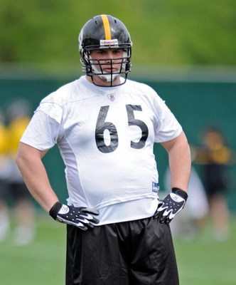 PITTSBURGH - MAY 01:  Kraig Urbik #65 of the Pittsburgh Steelers looks on during rookie training camp at the Pittsburgh Steelers Practice Facility on May 1, 2009 in Pittsburgh, Pennsylvania.  (Photo by Joe Sargent/Getty Images)
