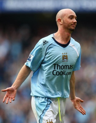 MANCHESTER, ENGLAND - APRIL 12:  Stephen Ireland of Manchester City celebrates scoring the opening goal during the Barclays Premier League match between Manchester City and Fulham at the City of Manchester Stadium on April 12, 2009 in Manchester.  (Photo