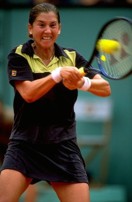 6 Jun 1998:  Monica Seles of the USA hits a backhand during the French Open at Roland Garros in Paris. \ Mandatory Credit: Clive Brunskill /Allsport