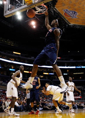 LOS ANGELES, CA - MARCH 12:  Forward Jordan Hill #43 of the Arizona Wildcats dunks the ball against the Arizona State Sun Devils during the Pacific Life Pac-10 Men's Basketball Tournament at the Staples Center on March 12, 2009 in Los Angeles, California.