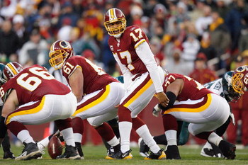 LANDOVER, MD - DECEMBER 21: Quarterback  Jason Campbell #17 of the Washington Redskins calls the play at the line of scrimmage during the game of the Philadelphia Eagles on December 21, 2008 at FedEx Field in Landover, Maryland.  (Photo by Kevin C. Cox/Ge