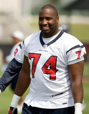 HOUSTON - MAY 09:  Tackle Ephraim Salaam #74 of the Houston Texans arrives during afternoon practice of the 2008 Houston Texans Mini Camp at Reliant Park on May 9, 2008 in Houston, Texas.  (Photo by Bob Levey/Getty Images)