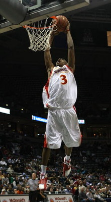 MILWAUKEE - MARCH 26: Brandon Jennings #3 of the West team dunks the ball during the McDonald's All-American High School basketball game on March 26, 2008 at the Bradley Center in Milwaukee, Wisconsin. (Photo by Jonathan Daniel/Getty Images)