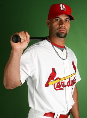 JUPITER, FL - FEBRUARY 20:  Albert Pujols #5 of the St. Louis Cardinals during photo day at Roger Dean Stadium on February 20, 2009 in Jupiter, Florida.  (Photo by Doug Benc/Getty Images)