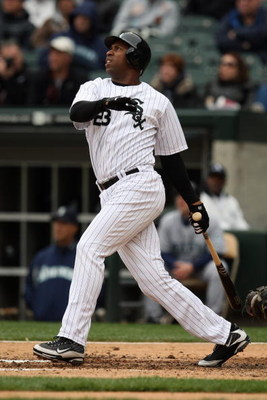 CHICAGO - APRIL 29:  Jermaine Dye #23 of the Chicago White Sox bats against the Seattle Mariners during the game on April 29, 2009 at U.S. Cellular Field in Chicago, Illinois. (Photo by Jonathan Daniel/Getty Images)