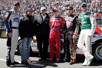 MARTINSVILLE, VA - MARCH 29: (L-R) The Hendrick Motorsports team including Jimmie Johnson, driver of the #48 Lowe's Chevrolet, Geoffrey Bodine, Team Owner Rick Hendrick, Mark Martin, driver of the #5 CARQUEST/Kellogg's Chevrolet, Jeff Gordon, driver of th