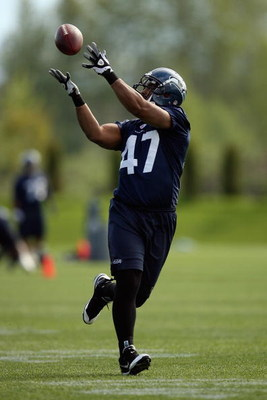 RENTON, WA - MAY 2:  John Owens #47 of the Seattle Seahawks catches a pass during minicamp at the Seahawks training facility on May 2, 2009 in Renton, Washington. (Photo by Otto Greule Jr/Getty Images)