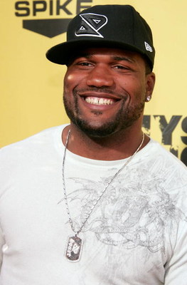 STUDIO CITY, CA - JUNE 09:  UFC Light Heavyweight Mixed Martial Arts Champion Quinton 'Rampage' Jackson arrives to the taping of Spike TV's First Annual 'Guys Choice' at Radford Studios on June 9, 2007 in Studio City, California.  Spike TV's ?Guys Choice?