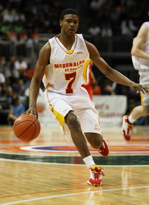 CORAL GABLES, FL - APRIL 01:  Dexter Strickland #7 of the East Team brings the ball into the front-court while taking on the West Team in the 2009 McDonald's All American Men's High School Basketball Game at BankUnited Center on April 1, 2009 in Coral Gab