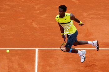 PARIS - MAY 26:  Gael Monfils of France in action during his Men's Singles First Round match against Bobby Reynolds of USA on day three of the French Open at Roland Garros on May 26, 2009 in Paris, France.  (Photo by Ryan Pierse/Getty Images)