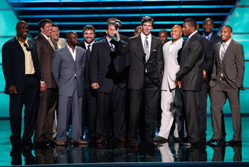 LOS ANGELES, CA - JULY 16:  NFL athlete Eli Manning accepts the award for best game for the New York Giants victory in Super Bowl XLII onstage at the 2008 ESPY Awards held at NOKIA Theatre L.A. LIVE on July 16, 2008 in Los Angeles, California.  The 2008 E