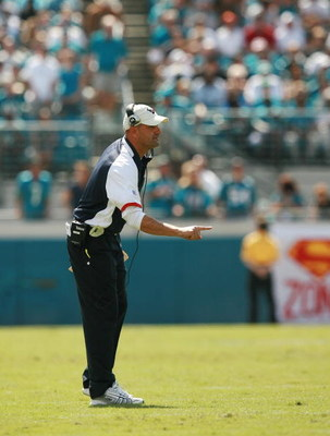 JACKSONVILLE, FL - OCTOBER 14:  Defensive backs coach Jon Hoke of the Houston Texans yells out instructions while taking on the Jacksonville Jaguars at Jacksonville Municipal Stadium on October 14, 2007 in Jacksonville, Florida. The Jaguars defeated the T