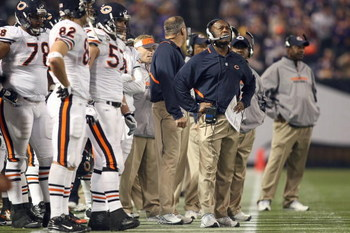 MINNEAPOLIS - NOVEMBER 30:  Head coach Lovie Smith of the Chicago Bears stands on the sidelines during the game against the Minnesota Vikings at the Metrodome on November 30, 2008 in Minneapolis, Minnesota. (Photo by Jonathan Ferrey/Getty Images)