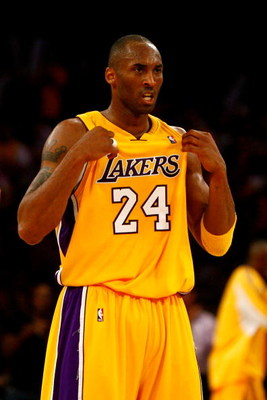 LOS ANGELES, CA - JUNE 04:  Kobe Bryant #24 of the Los Angeles Lakers reacts in the second half against the Orlando Magic in Game One of the 2009 NBA Finals at Staples Center on June 4, 2009 in Los Angeles, California. NOTE TO USER: User expressly acknowl