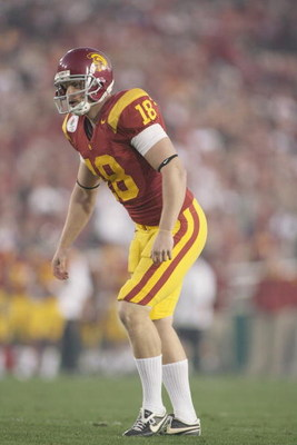 PASADENA, CA - JANUARY 1:  David Buehler #18 of the USC Trojans lines up for a kick against the Penn State Nittany Lions on January 1, 2009 at the Rose Bowl in Pasadena, California.  USC won 38-24.  (Photo by Jeff Golden/Getty Images)