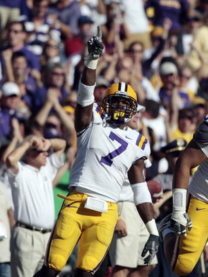 BATON ROUGE, LA - OCTOBER 25:  Patrick Peterson #7 of the LSU Tigers reacts after making a stop against the Georgia Bulldogs during their football game at Tiger Stadium on October 25, 2008 in Baton Rouge, Louisiana.  (Photo by Dave Martin/Getty Images)