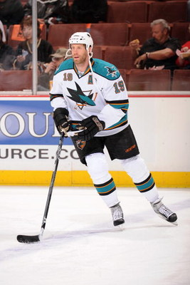 ANAHEIM, CA - APRIL 21:  Joe Thornton #19 of the San Jose Sharks warms up against the Anaheim Ducks during Game Three of the Western Conference Quarterfinal Round of the 2009 Stanley Cup Playoffs at Honda Center on April 21, 2009 in Anaheim, California. (