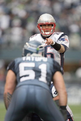 SEATTLE - DECEMBER 07:  Quarterback Matt Cassel #16 of the New England Patriots gets ready at the line of scrimmage during the game against the Seattle Seahawks on December 7, 2008 at Qwest Field in Seattle, Washington. The Patriots defeated the Seahawks 