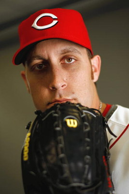 SARASOTA, FL - FEBRUARY 18:  Aaron Harang #39 of the Cincinnati Reds poses for a photo during Spring Training Photo day on February 18, 2009 at the Cincinnati Reds training facility in Sarasota, Florida.  (Photo by Chris Graythen/Getty Images)