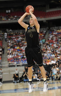 GLENDALE, AZ - MARCH 26:  Forward Robbie Hummel #4 of the Purdue Boilermakers takes a shot against the Connenticut Huskies in the Sweet 16 of the NCAA Division I Men's Basketball Tournament at the University of Phoenix Stadium on March 26, 2009 in Glendal