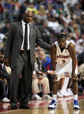 AUBURN HILLS, MI - APRIL 24:  Head coach Michael Curry talk with Rodney Stuckey #3 of the Detroit Pistons while playing the Cleveland Cavaliers in Game Three of the Eastern Conference Quarterfinals during the 2009 NBA Playoffs at the Palace of Auburn Hill