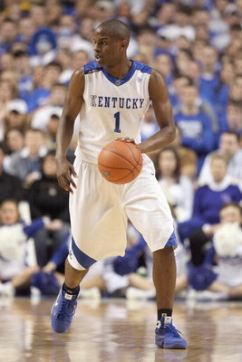 LEXINGTON, KY - FEBRUARY 28: Darius Miller #1  of the Kentucky Wildcats dribbles the ball during the SEC game against the LSU Tigers at Rupp Arena on February 28, 2009 in Lexington, Kentucky.  (Photo by Andy Lyons/Getty Images)