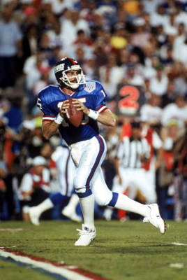 TAMPA, FL - JANUARY 27:  Quarterback Jeff Hostetler #15 of the New York Giants drops back to pass against the Buffalo Bills during Super Bowl XXV at Tampa Stadium on January 27, 1991 in Tampa, Florida. The Giants defeated the Bills 20-19.  (Photo by Georg