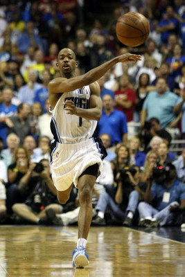 ORLANDO, FL - MAY 26:  Rafer Alston #1 of the Orlando Magic passes the ball against the Cleveland Cavaliers in Game Four of the Eastern Conference Finals during the 2009 NBA Playoffs at the Amway Arena on May 26, 2009 in Orlando, Florida. NOTE TO USER: Us