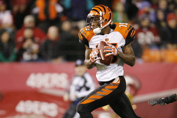 SAN FRANCISCO - DECEMBER 15:  Wide receiver Chris Henry #15 of the Cincinnati Bengals heads for the end zone after catching a 52-yard pass during a game against the San Francisco 49ers at Monster Park December 15, 2007 in San Francisco, California.  (Phot