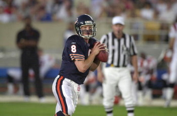 04 Aug 2001:   Cade McNown #8 of the Chicago Bears looks for the open man during the NFL pre-season game against the Cincinnati Bengals at Soldier Field in Chicago, IL. The Bears defeated the Bengals 16-13 in overtime. DIGITAL IMAGE Mandatory Credit: Jona