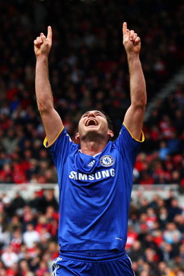 MIDDLESBROUGH, UNITED KINGDOM - OCTOBER 18:  Frank Lampard of Chelsea celebrates scoring his teams fourth goal of the game during the Barclays Premier League match between Middlesbrough and Chelsea at the Riverside Stadium on October 18, 2008 in Middlesbr