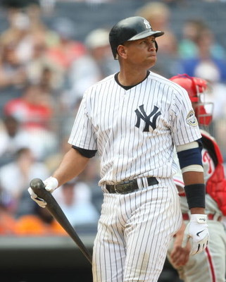 NEW YORK - MAY 24:  Alex Rodriguez #13 of the New York Yankees at bat  against the Philadelphia Phillies on May 24, 2009 at Yankee Stadium in the Bronx borough of New York City.  (Photo by Nick Laham/Getty Images)