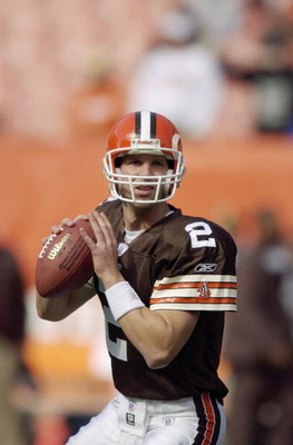 CLEVELAND, OH - OCTOBER 12:  Tim Couch #2 of the Cleveland Browns warms up prior to the game against the Oakland Raiders on October 12, 2003 at Cleveland Browns Stadium in Cleveland, Ohio.  The Browns defeated the Raiders 13-7 (Photo by David Maxwell/Gett