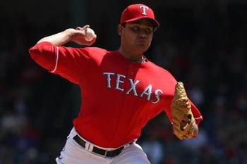 ARLINGTON, TX - APRIL 19:  Pitcher Vicente Padilla #44 of the Texas Rangers on April 19, 2009 at Rangers Ballpark in Arlington, Texas.  (Photo by Ronald Martinez/Getty Images)