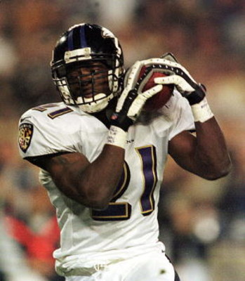28 Jan 2001: Chris McAlister # 21 of the Baltimore Ravens makes an interception in the third quarter during Super Bowl XXXV between the Baltimore Ravens and the New York Giants at Raymond James Stadium in Tampa, Florida. Mandatory Credit: Andy Lyons/ALLSP