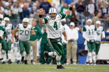 NASHVILLE, TN - NOVEMBER 23:  Quarterback Brett Favre #4 of the New York Jets celebrates during the game against the Tennessee Titans at LP Field on November 23, 2008 in Nashville, Tennessee. (Photo by Kevin C. Cox/Getty Images)