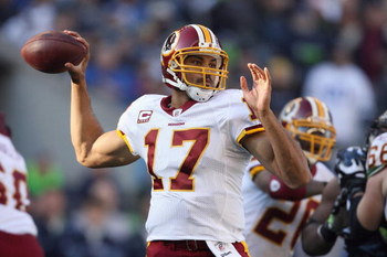 SEATTLE - NOVEMBER 23:  Quarterback Jason Campbell #17 of the Washington Redskins looks to pass the ball downfield during the game against the Seattle Seahawks on November 23, 2008 at Qwest Field in Seattle, Washington. (Photo by Otto Greule Jr/Getty Imag