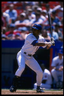 26 Jun 1996:  Outfielder Lance Johnson of the New York Mets prepares to swing during a game against the Colorado Rockies at Shea Stadium in Flushing, New York.  The Rockies won the game, 5-3. Mandatory Credit: Al Bello  /Allsport