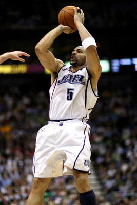 SALT LAKE CITY - APRIL 25:  Carlos Boozer #5 of the Utah Jazz shoots in Game Four of the Western Conference Quarterfinals against the Los Angeles Lakers during the 2009 NBA Playoffs at Energy Solutions Arena on April 25, 2009 in Salt Lake City, Utah.  The
