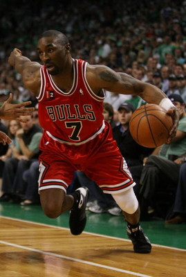BOSTON - MAY 02:  Ben Gordon #7 of the Chicago Bulls heads for the net against the Boston Celtics in Game Seven of the Eastern Conference Quarterfinals during the 2009 NBA Playoffs at TD Banknorth Garden on May 2, 2009 in Boston, Massachusetts. The Celtic