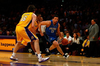 LOS ANGELES, CA - JUNE 04:  Hedo Turkoglu #15 of the Orlando Magic drives to the basket against Trevor Ariza #3 and Pau Gasol #16 of the Los Angeles Lakers in Game One of the 2009 NBA Finals at Staples Center on June 4, 2009 in Los Angeles, California. NO