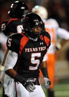 LUBBOCK, TX - NOVEMBER 08:  Wide receiver Michael Crabtree #5 of the Texas Tech Red Raiders during play against the Oklahoma State Cowboys at Jones AT&amp;T Stadium on November 8, 2008 in Lubbock, Texas.  (Photo by Ronald Martinez/Getty Images)
