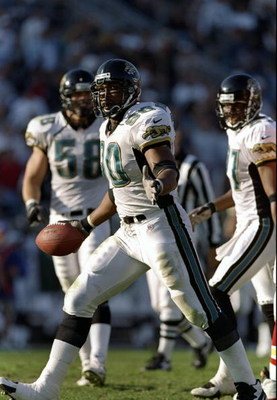 10 Nov 1997: Defensive lineman Tony Brackens of the Jacksonville Jaguars looks on during a game against the Kansas City Chiefs at Alltell Stadium in Jacksonville, Florida. The Jaguars won the game, 24-10.
